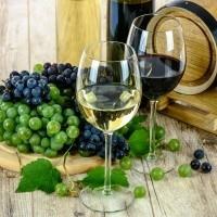 Wines & Bubbles